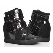 Stylowe Sneakersy - Czarne Botki na Koturnie
