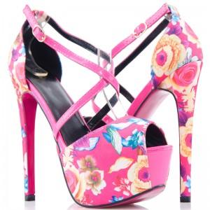 Rożowe Sandały w Kolorowe Kwiaty - Wysokie Szpilki